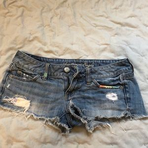 Distressed American Eagle shorts